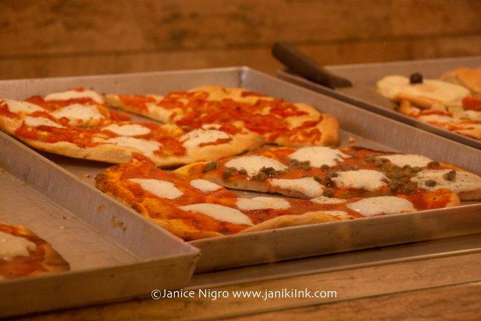 pizza-6200-copyright