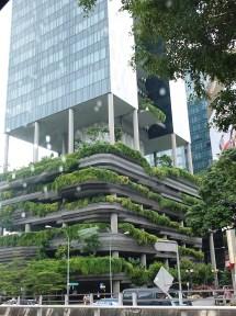 Hanging_gardens_Singapore2_April2017