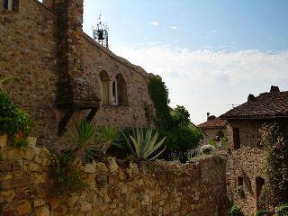 Historische Wohnhäuser in Grimaud
