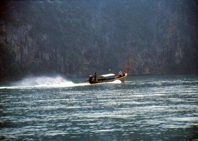 W stronę zatoki Ao Phra Nang.