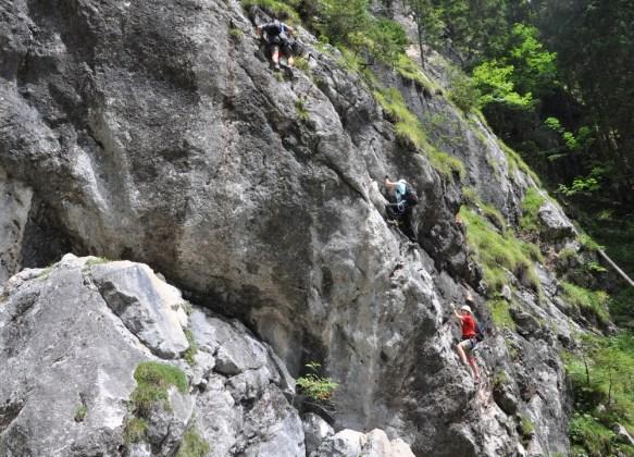 """Dachstein: ferrata """"rozbiegowa"""" Hias (C/D) w wąwozie Silberkarklamm w Ramsau am Dachstein."""