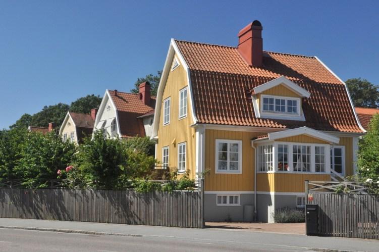 Dzielnica Bjorkholm na Trosso. Niegdyś najbiedniejsza i zamieszkała przez stoczniowców, teraz najdroższa i najbardziej prestiżowa dzielnica miasta.