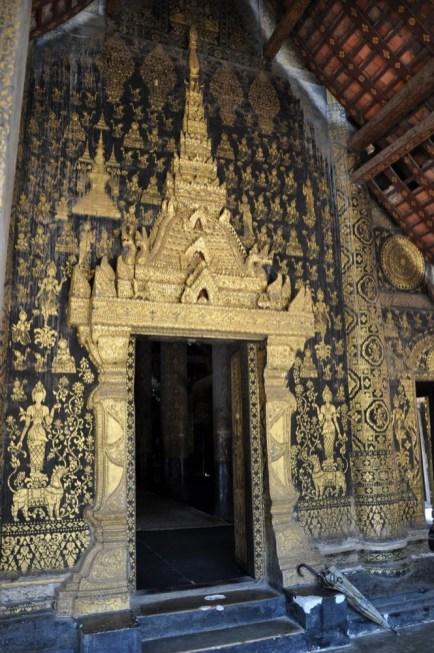 Świątynia znajdowała się pod patronatem królewskim do końca panowania monarchii w 1975 r.