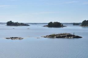 W rezerwacie można grillować, opalać się, kąpać, pływać łódkami, motorówkami.