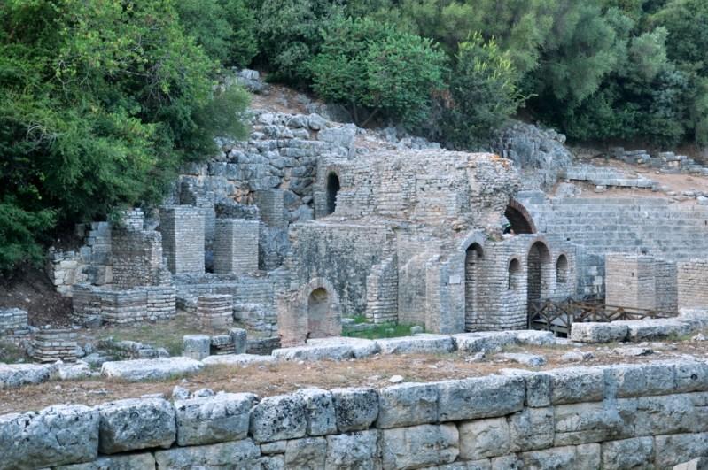Zabudowania amfiteatru z IV-III w.p.n.e.