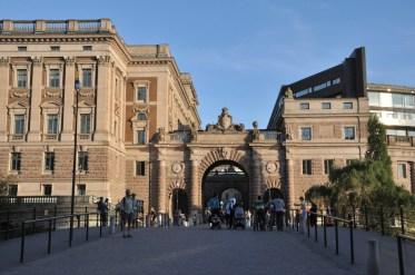 Jedna z bram zamku królewskiego.