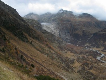 Przejazd przez Grimsel Pass, Lodowiec Grinsel.