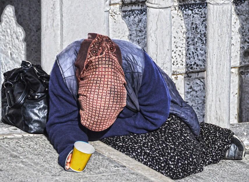 Europe2015(Beggar)_8_PhSh