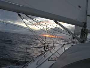 Einer der 16 Sonnenunteränge, die wir auf See erlebten.