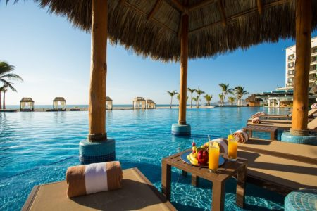 Hyatt entered the all-inclusive market and the consumer is the winner. I loved the pool at Hyatt Ziva Los Cabos