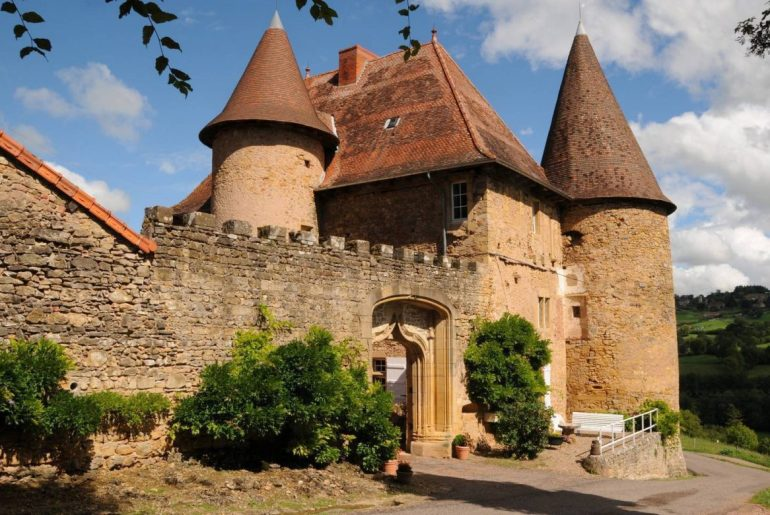 booking Airbnb South Burgundy