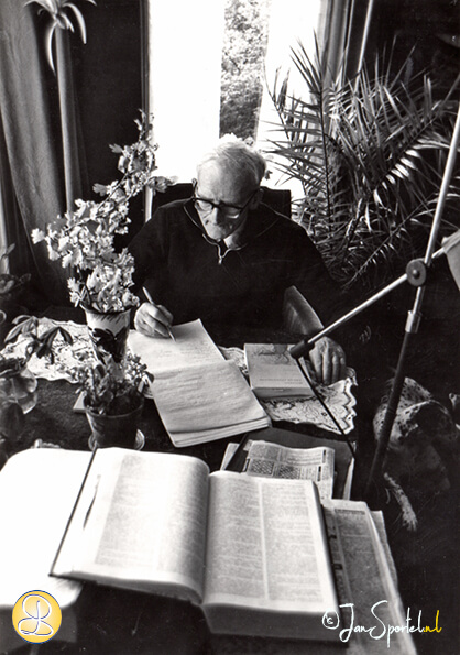 D.S. Hovinga