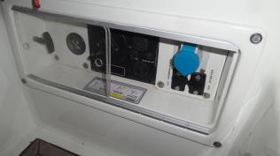 Motorpanel mit Plexiglasschiebetüren 3