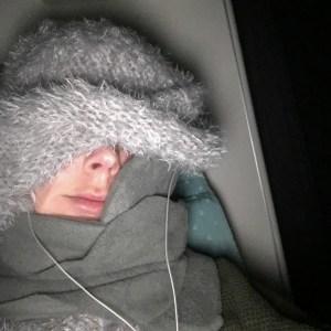 nekkussen in vliegtuig
