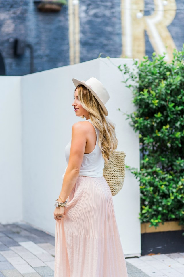 blush maxi skirt outfit