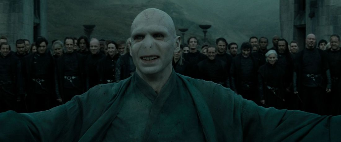 HP-DH-part-2-lord-voldemort-26625041-1920-800