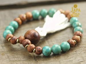 Turquoise and rosewood mala beads