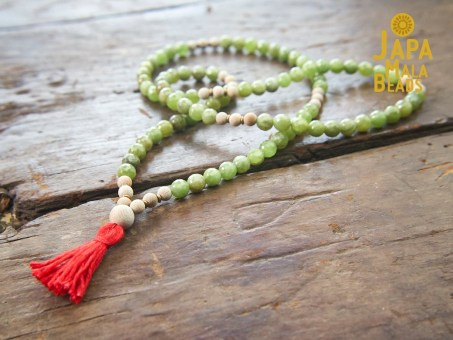 Green Garnet and Silkwood Necklace Prayer Beads