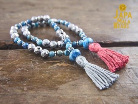 Blue Crazy Lace Agate and Druzy Agate Wrist Mala