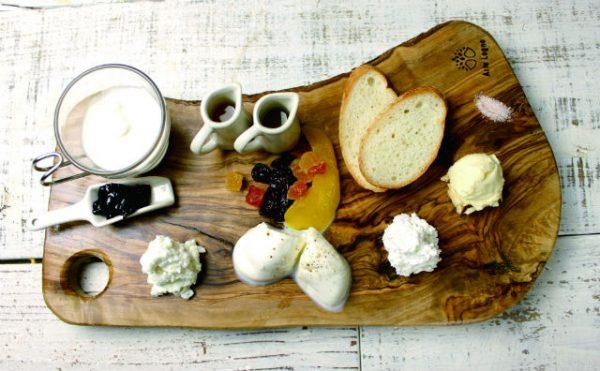 自家製フレッシュチーズの5種盛り