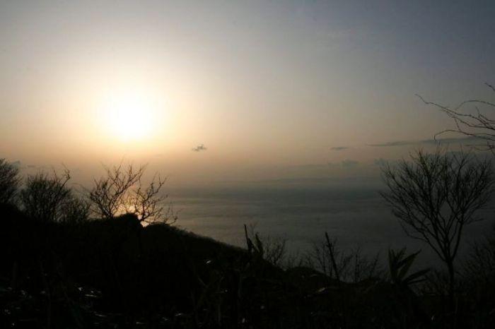 弥彦山から見る夕日