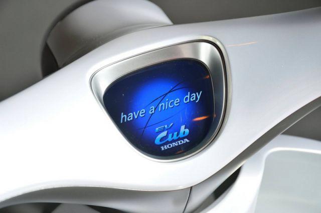 2018 Honda EV-Cub dashboard