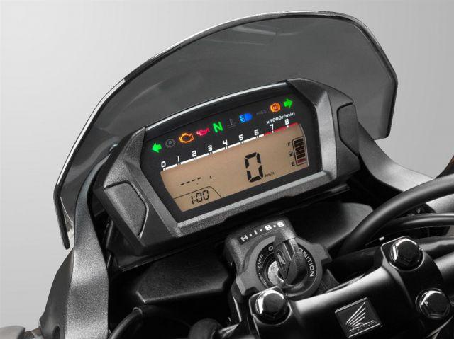 2017 Honda NC750X interior