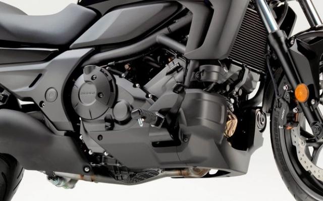 2019 Honda CTX700 engine