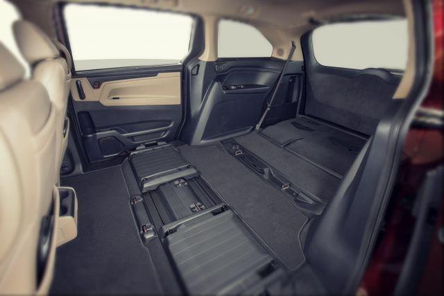 2020 Honda Odyssey Type R seats