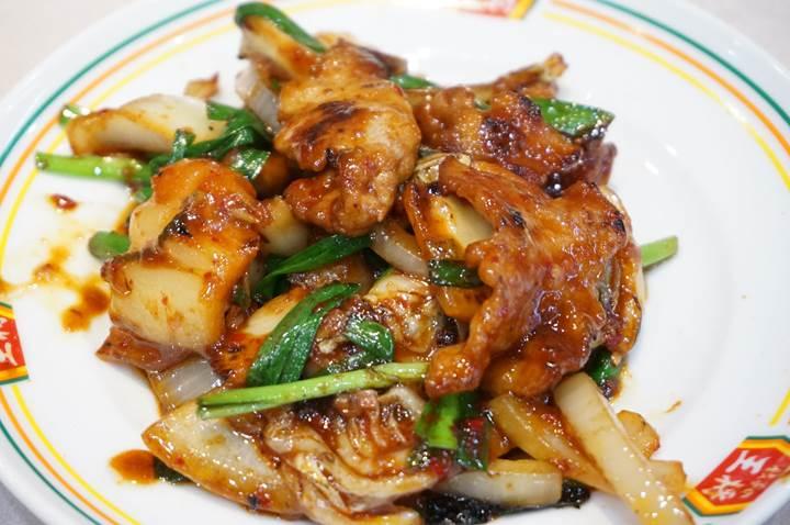 Gyoza OHSHO 餃子の王将 Pork and Kimchi Stir Fry 豚キムチ