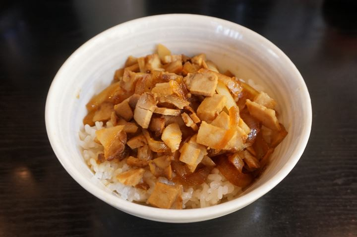 Barbecued Pork Bowl チャーシュー丼 - Kourakuen 幸楽苑