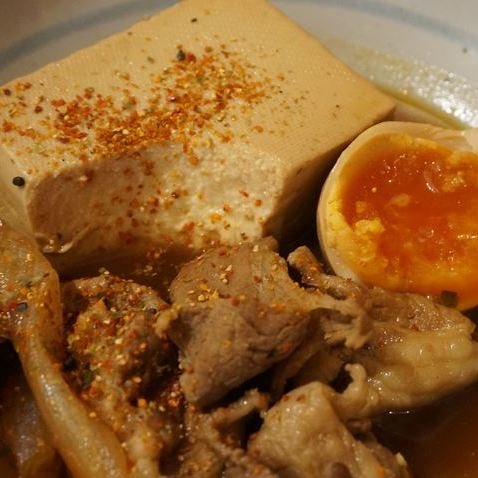 Seasoned Soft Boiled Egg and Tofu 煮卵入り肉豆腐 - Standing Bar KAMIYA 立ち呑み かみや
