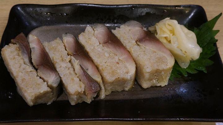 青森料理居酒屋 ごっつり 南千住 銀鯖棒寿司半分 Mackerel Pressed Sushi(Half Size) at Aomori Izakaya GOTTSURI Minami-Senju