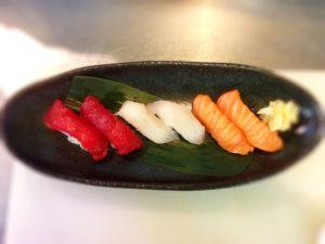 握り寿司写真