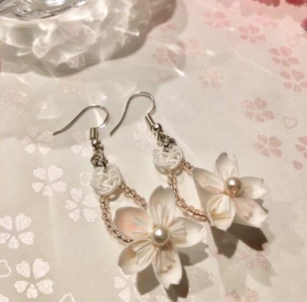 大粒一輪桜とコットンパールのピアス