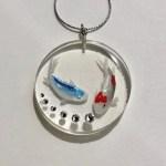 禅スタイル3Dペインティング錦鯉と青い鯉とスワロフスキーネックレス