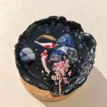 ミニチュア和の世界 池の錦鯉と桜
