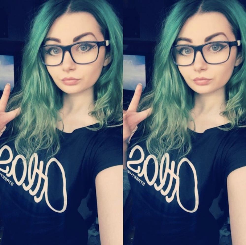 Gamer Girl – Sithis.X