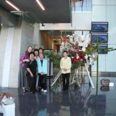 group.Emperor-visit.2009_1200