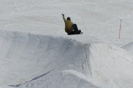 Dream Session snowskate air