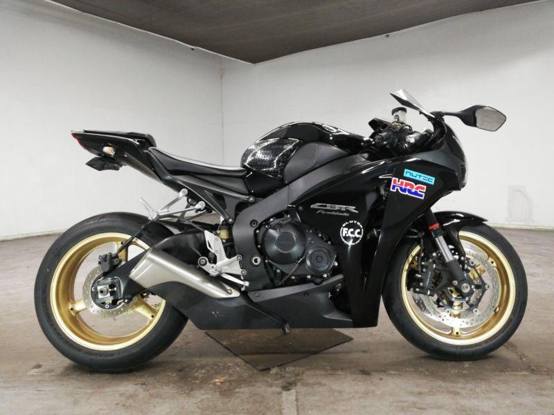 honda-bike-cbr1000rr-2009-black-70312365408-1