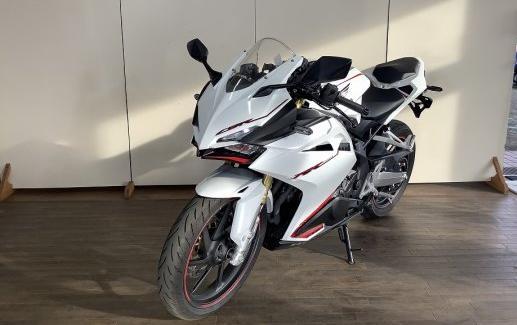 Honda-Motorcycle-CBR250RR-7861303327-2