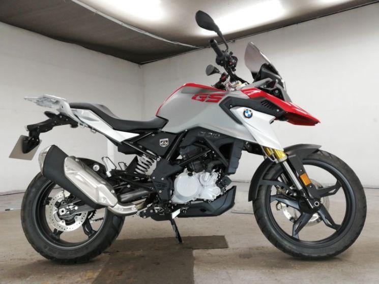 bmw-bike-f700gs-blackred-70312365463-1