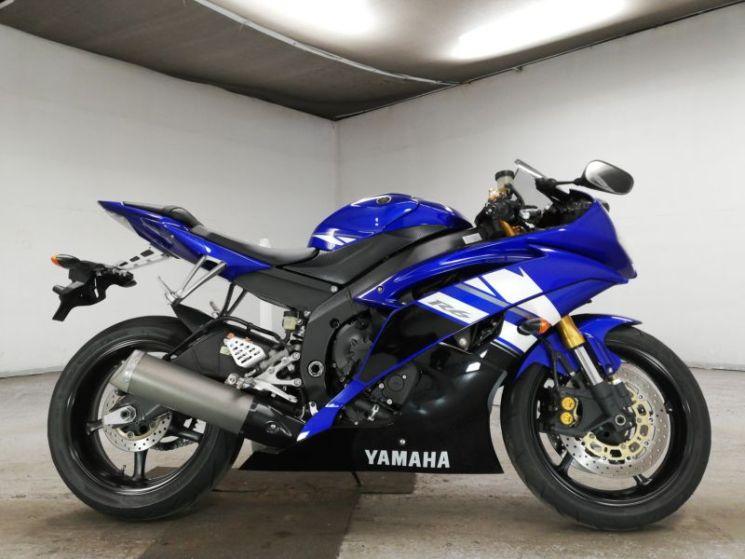 yamaha-bike-yzf-r6-70312365460-1