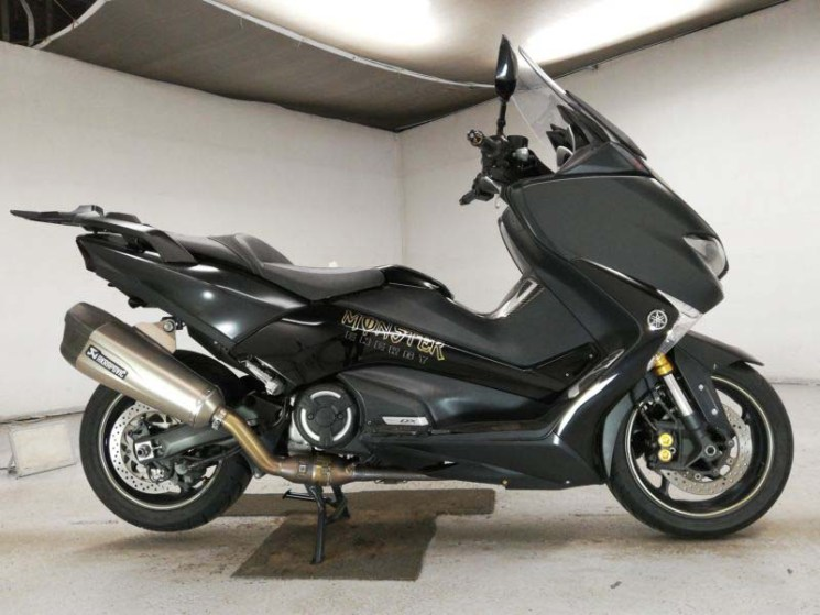 yamaha-bike-t-max530dx-70312365455-1
