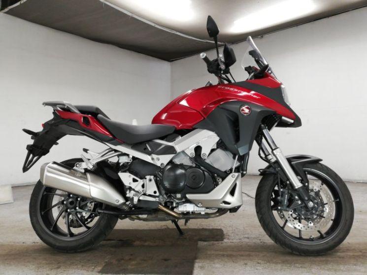 honda-bike-vfr800x-red-70312365499-1