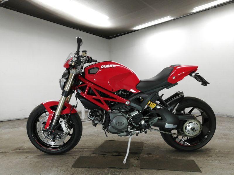 ducati-bike-monster-red-70312365468-2