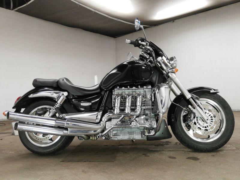 triumph-bike-rocket-three-black-70312365490-1