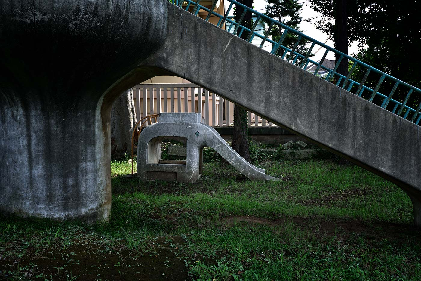 An old children's playground in Akabane, by Paul Rasmussen