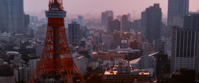 Tokyo Tower in tilt shift using Hasselblad HTS